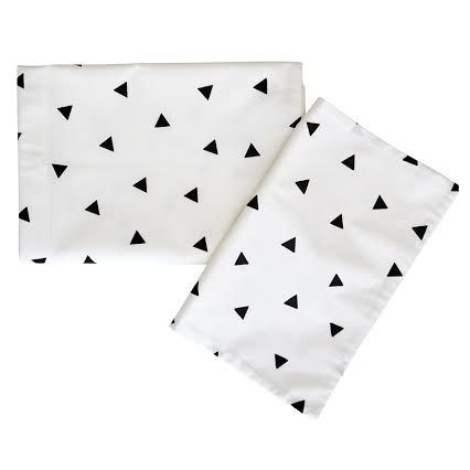 Bedding Set - Triangle | 100% Cotton Percale | Available: Standard Cot Size Duvet cover (incl pillowcase) | Single Bed Duvet cover (incl pillowcase) | Fitted Sheet Size: 130 x 64 x 10 cm | Baby Duvet Size: 80 x 120 cm | Pillow Size: 30 x 40 cm | Colour: Black, Grey, Mint http://littlelovekids.com/product/triangle-bedding-set-mint/ , Blush http://littlelovekids.com/product/bedding-set-triangle-blush/ , Peach http://littlelovekids.com/product/triangle-bedding-set-peach/