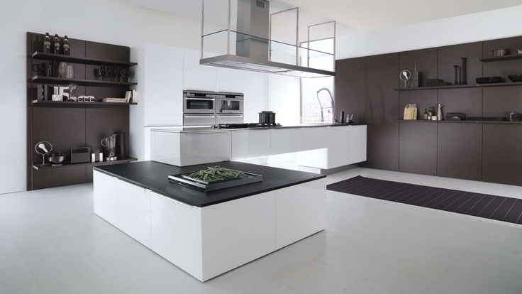 1000 images about luxury kitchen on pinterest modern for Mobili versace prezzi