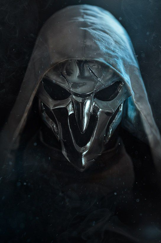 Reaper (Overwatch) #cosplay Epic Skin ver. by TheIdeaFix  This is a great picture of one of my favourite characters from overwatch
