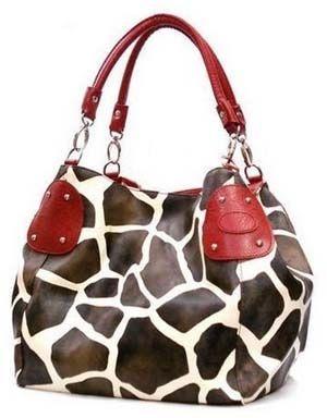 Google Image Result for http://allwomenstalk.com/wp-content/uploads/2010/09/7-cute-purses-for-fall/giraffe-print_7-cute-purses-for-fall.jpg