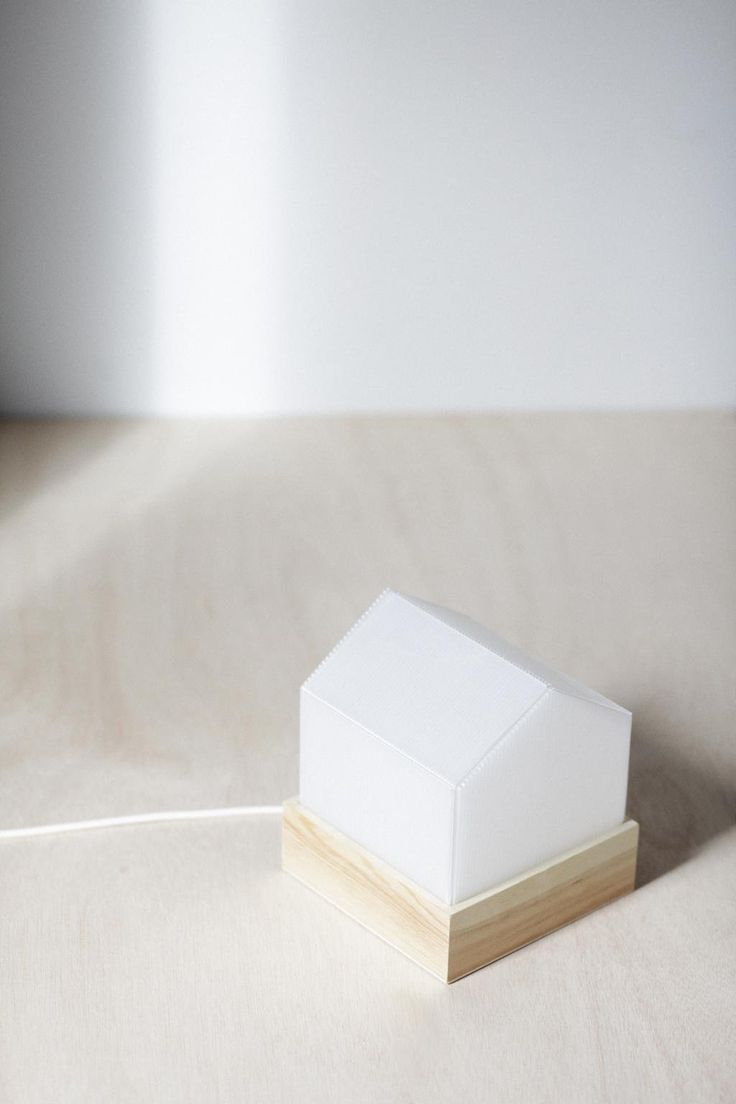 Light wood polycarbonate Tipi Studio Lourdes Cabrera photography