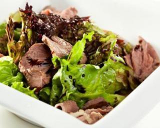 Salade aux aiguillettes de canard spécial viande maigre