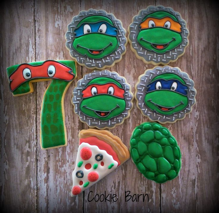 Teenage Mutant Ninja Turtle Decorated Cookies.