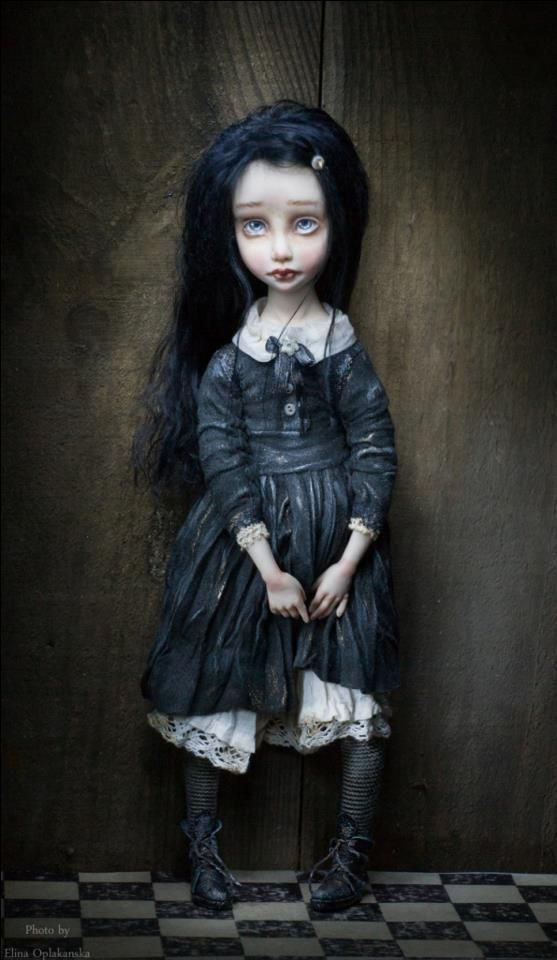 This is so goth yet something else but I just find it interesting to be honest her eyes speak so emotion for a doll and I can't help but feel like it's me when I was younger that seems sad well usually that's what I was hah oh well ..