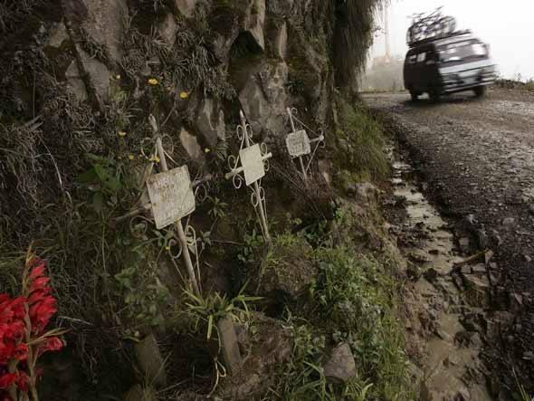 Estrada dos Yungas, na Bolívia, é conhecida como Estrada da Morte
