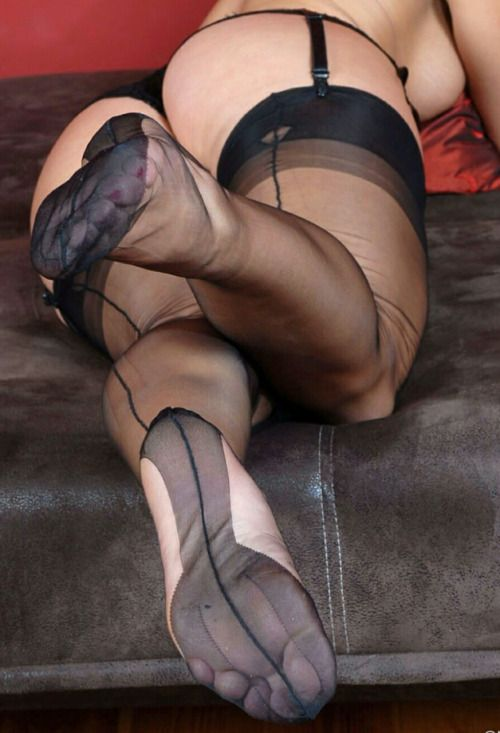 heels nylons männerakte fotografie