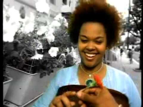 """Jill Scott - """"A Long Walk"""" ..Share situations, temptations, education, relaxations, elevations, maybe we can talk about Surah 31:18"""