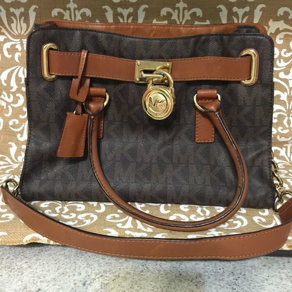 fc49d3fa17db ... michael kors hamilton medium please see all photos before purchase very  clean inside lining still in ...