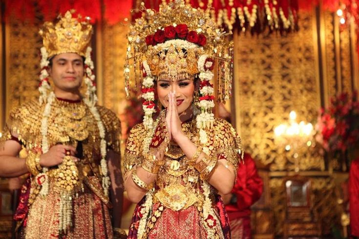 Pernikahan Adat Palembang Elegan Ala Anjani dan Randy - RR15