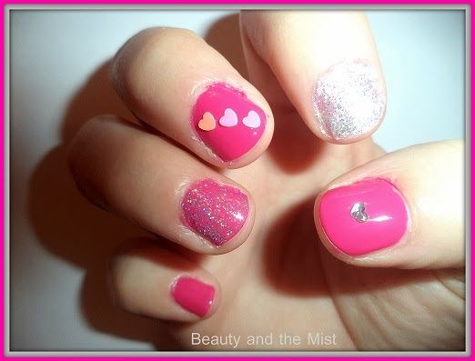 Beauty and the Mist - everything about beauty: Fuchsia manicure for Valentine's Day