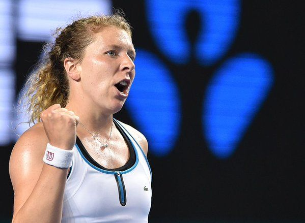 """1/22/16 Anna-Lena def. Roberta Vinci 0-6, 6-4, 6-4 .... Via Australian Open  ·  (After the first set) """"I said, 'come on Anna, you have nothing to lose.'"""" Anna-Lena #Friedsam is through to R4. #ausopen"""