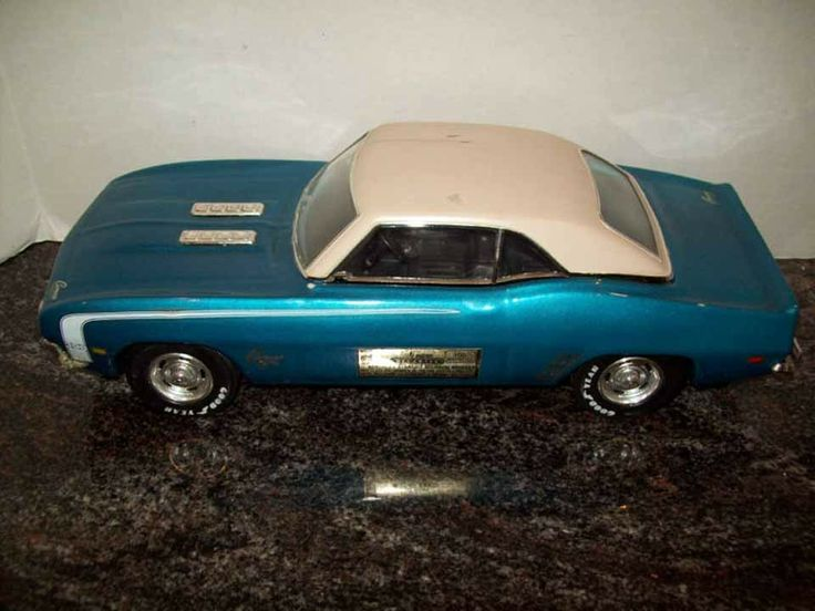 Jim Beam Whiskey Decanter 1969 Chevy Camaro Ss Decanters