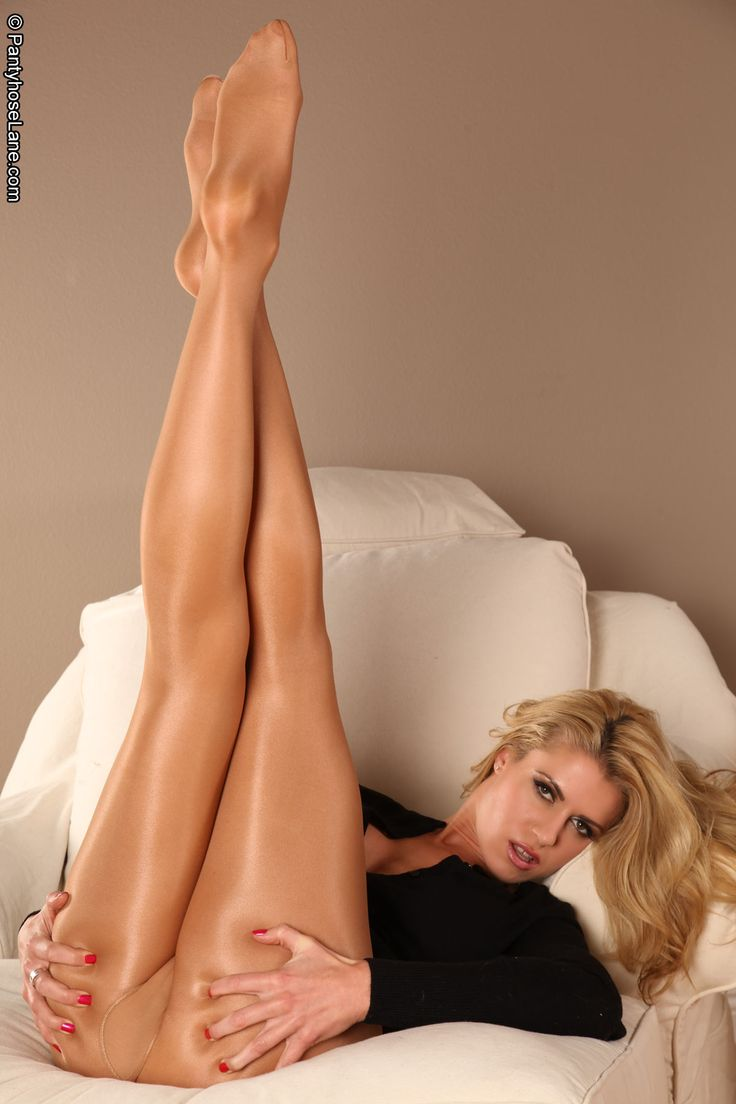 Blonde Feet In Pantyhose