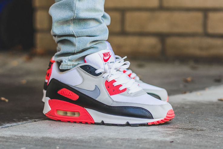 2010 Nike Air Max 90 Infrarouge Sur Les Pieds