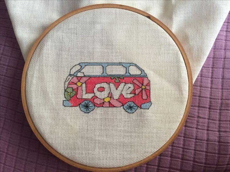Kanaviçe love araba