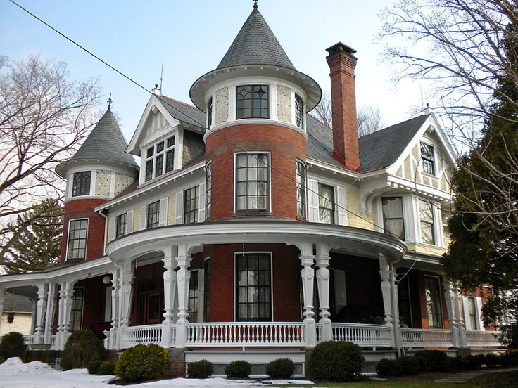 Gonder Mansion, Strasburg, Pa.  Haunted by Benjamin Gonder's sister