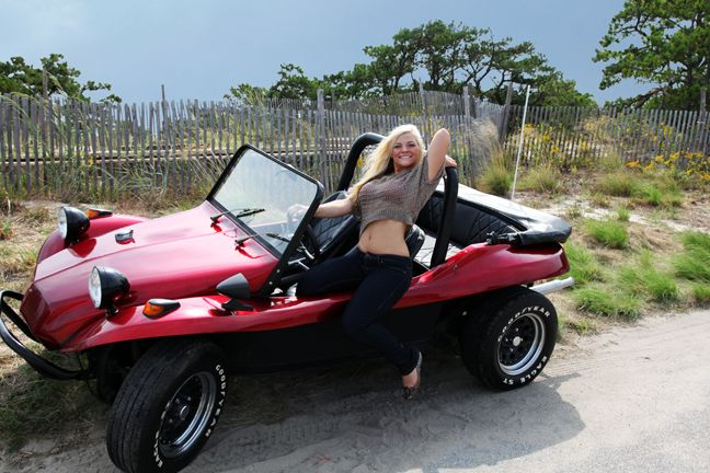 Vw Dune Buggy >> Pin by VWRX Project on Girls With VW Beach Buggies | Manx ...