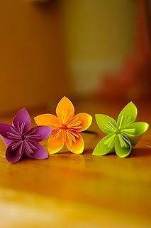 origami flowers from sticky notes. Sensible Living