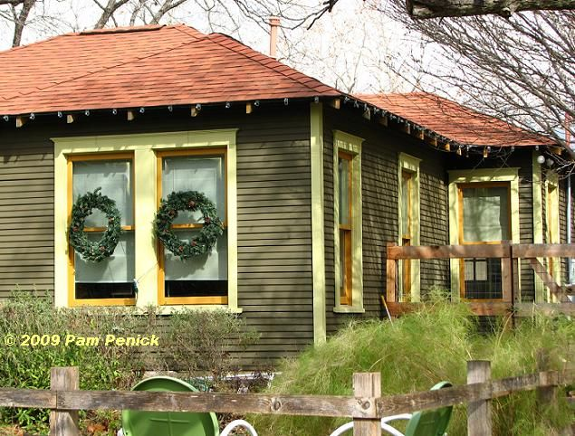1000 images about munchkin house on pinterest paint for Native bungalow house