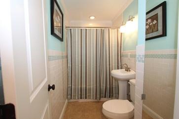 Best 25 flood restoration ideas on pinterest flood for Bathroom flooded wet carpet