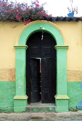 San Cristobal 007   See in Portals set: www.flickr.com/photo…   Flickr