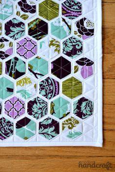 Hexagon Mini Quilt  www.modernhandcraft.com