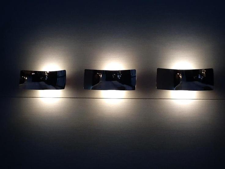 Lens - 151, 151/L Designer Francesco Rota. The light is up and down