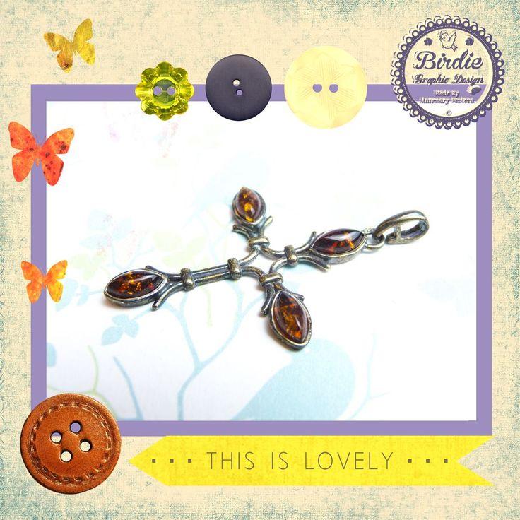 Donker oranje baltic amber (barnsteen), sterling zilver kruis hanger, pendant via Birdie By AnneMary Westera