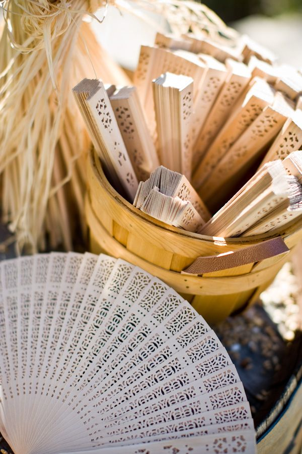 """El Abanico"" is the #Spanish word for fan. In the #summertime, many women use #fans to keep themselves cool. #spain #travel #culture #europe"