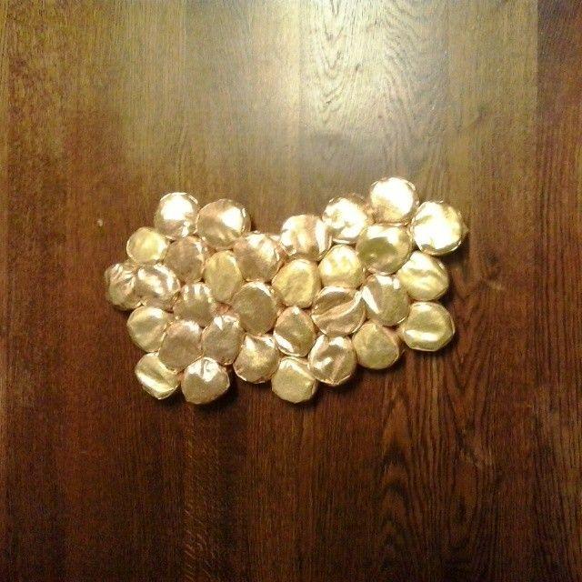 Work in progressssssss #gold #puffs #honey #queenzoja