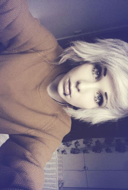 indie scene hair | Tumblr. Give me a longer version of this hair. GIVE IT TO ME