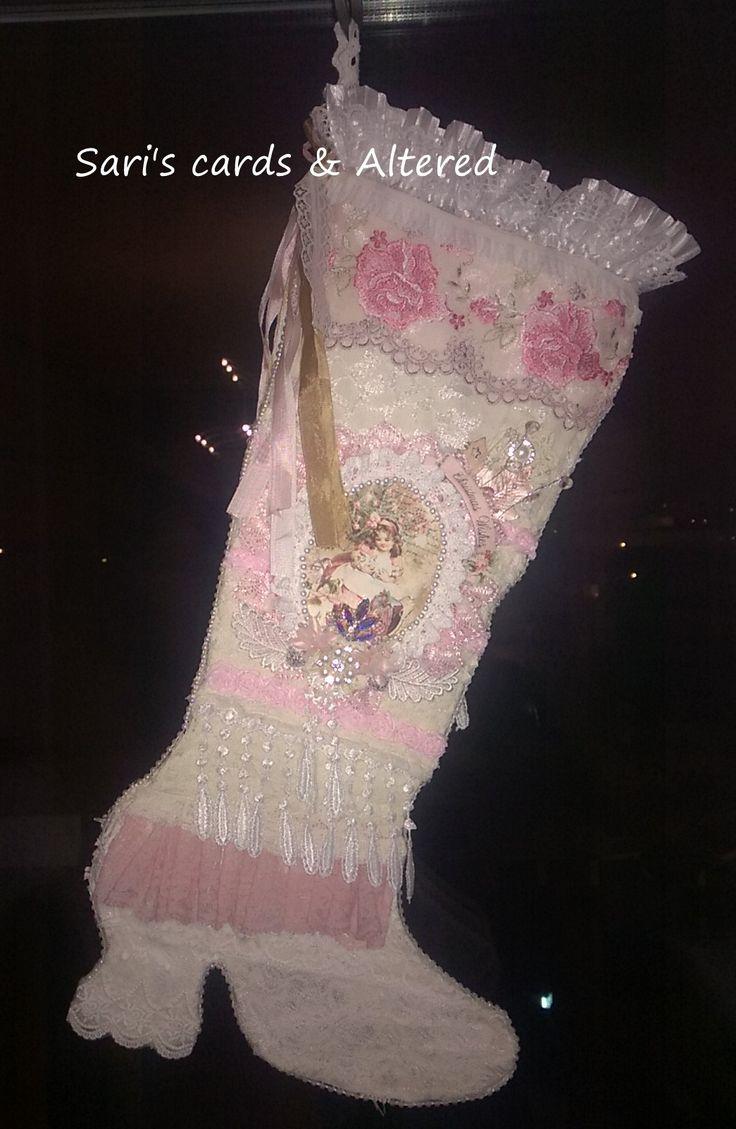 shabby christmas stocking,diy,lace,trims,bling,http://sari-sariscards.blogspot.com