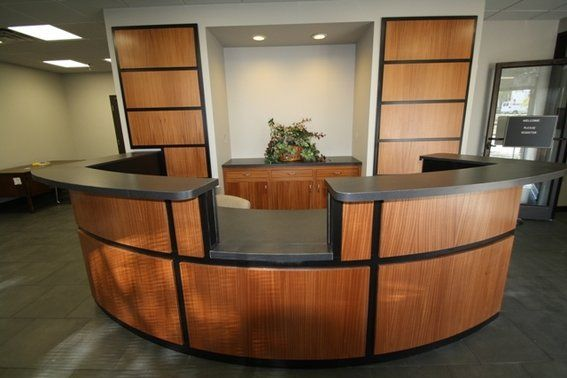 DO NOT like the open section in 2019 | Curved reception desk, Receptionist desk, Reception desk ...