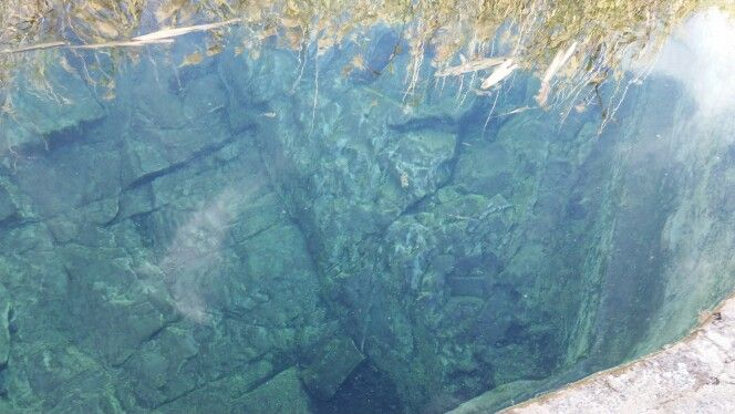 Sulphur pool at Goedemoed