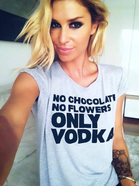 T-shirt ::: regina dukai