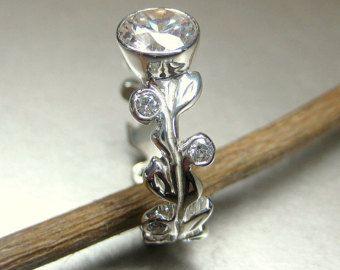 14 k White Gold floral Blätter und Reben-Ring. Weiße Blatt Saphir-Verlobungsring. Blatt-Jubiläums-Ring. Rebe-Diamant-Ring.