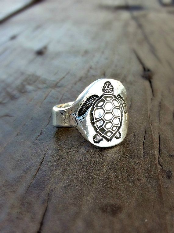 Sea Turtle Ring , Nautical Jewelry, Eco Friendly, Recycled Fine Silver Ring, Beach Jewelry, Animal Lover