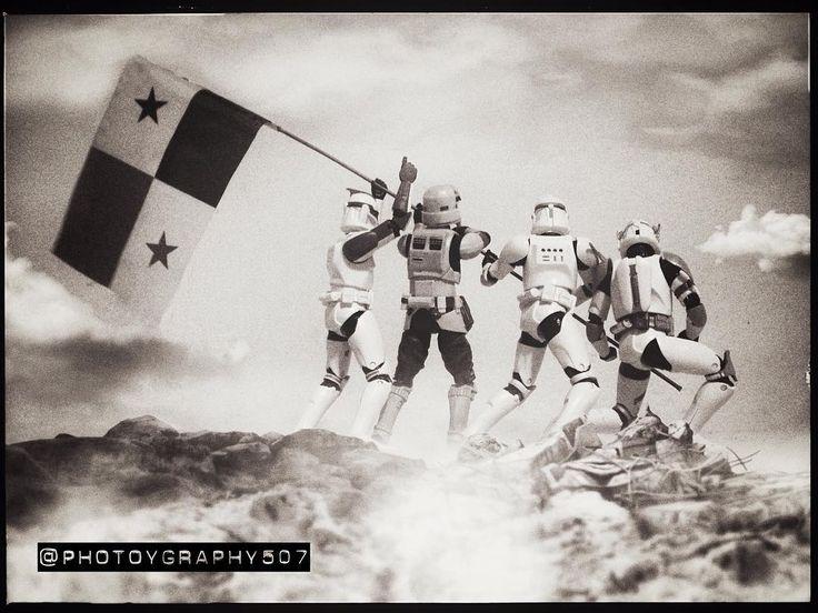 VIVA PANAMÁ  Noviembre es el mes de la Patria y este es un pequeño homenaje a lo Star Wars!  #darthvader #blackseries #stormtrooper #jedi #sith  #lego #starwarsfan #yoda #art #r2d2 #hansolo #bobafett #lukeskywalker #geek #forcefriday #cosplay #darkside #chewbacca #nerd #lightsaber #toys #theforce #instagood #kyloren #thelastjedi #c3po #Cody #Clone #clonewars #toptoyphotos