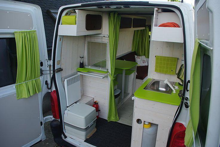 Kiri-Kampi Fourgon Aménagé discret avec meubles amovibles