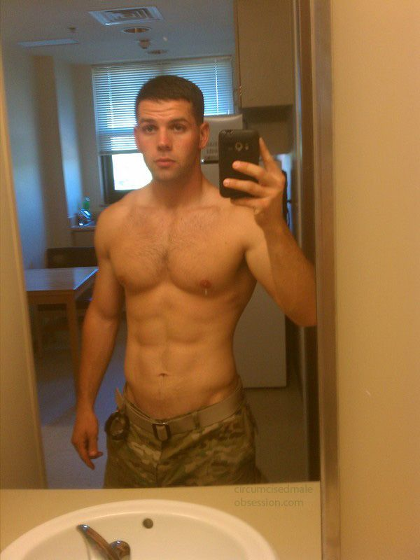 28 Best Soldiers Images On Pinterest  Hot Men, Hot Guys -3422