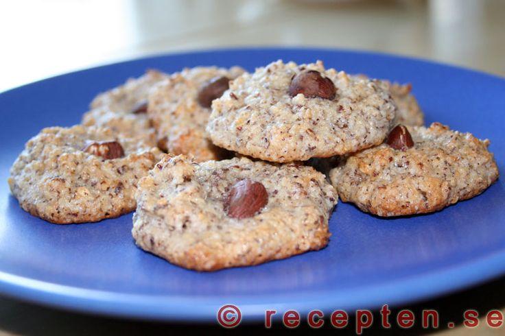 Nötkakor - Ett recept på goda och enkla nötkakor som du gör snabbt. Glutenfria och laktosfria!