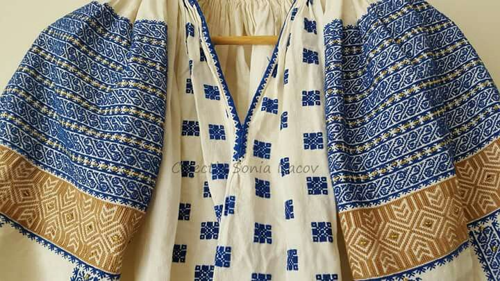 Romanian blouse detail. Sonia Isacov collection