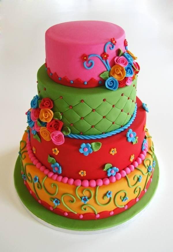 gâteau spectaculaire de toutes les couleurs
