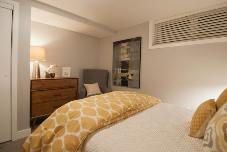 Bedroom 2, Grant and Eve, Income Property, HGTV