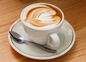 CoffeeCaffeine Addict, Healthy Cups, Coffe Lovers, Drinks Coffee, Coffee Breaking, Australian Business, Brew Coffe, Urgent Sales, Coffe Shops