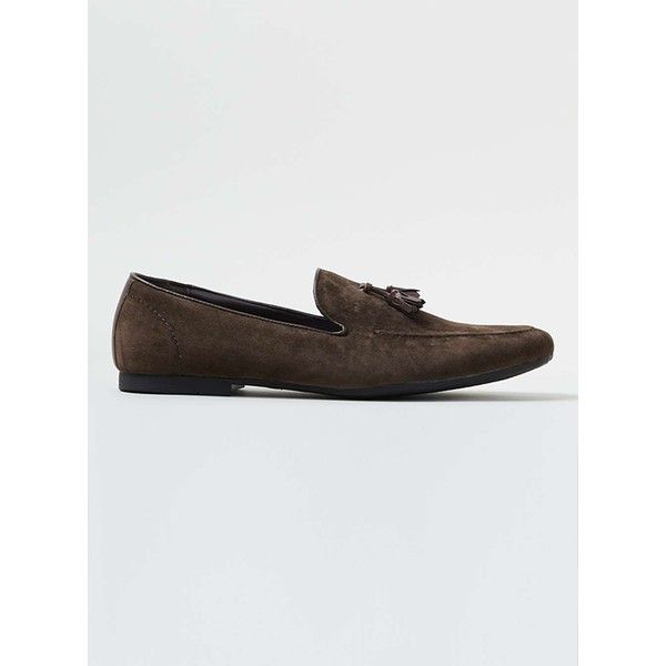 TOPMAN Brown Faux Suede Tassel Loafers ($45) ❤ liked on Polyvore featuring men's fashion, men's shoes, men's loafers, brown, mens brown shoes, mens tassel loafer shoes, mens brown loafer shoes, mens loafer shoes and g star mens shoes