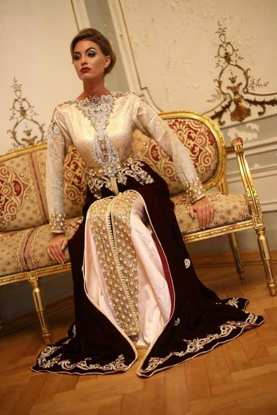 Beautiful gold Moroccan caftan ❤️