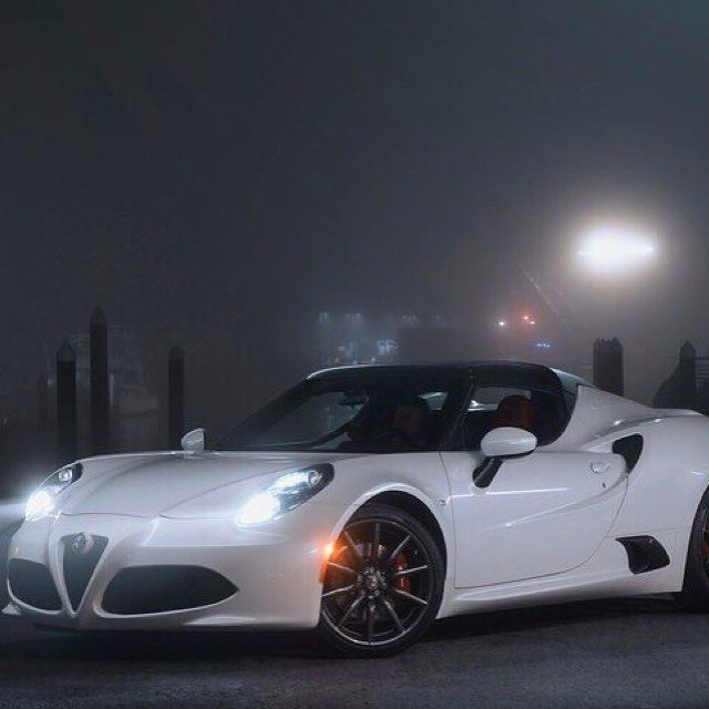 Alfa Romeo 4C Spider 2015 Super Car!! The Perfect Car For