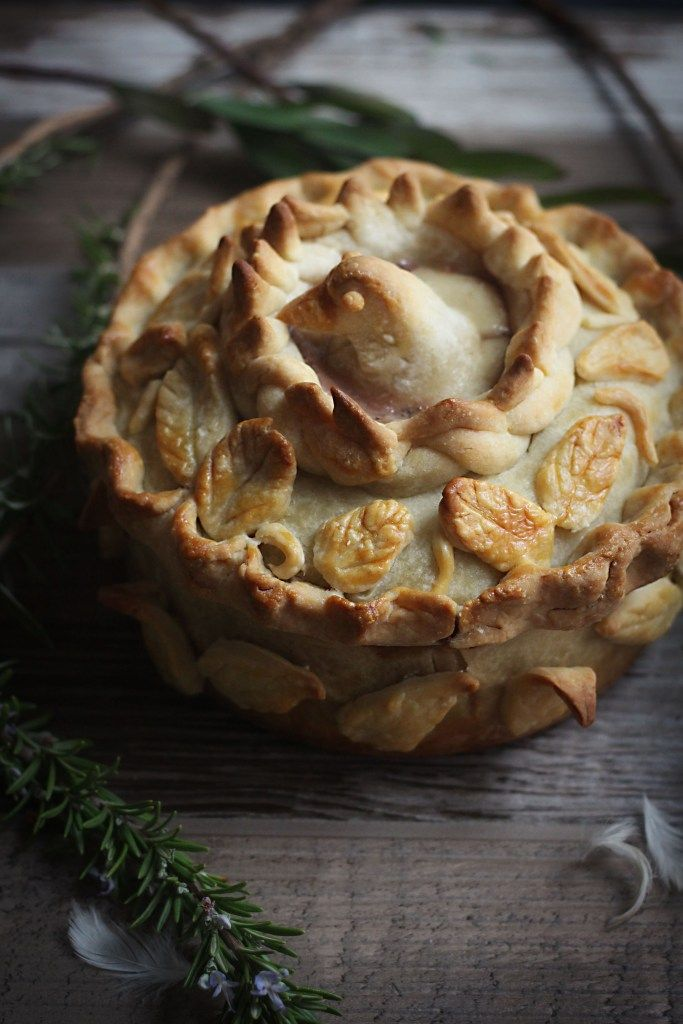 Medieval Inspired Recipes: Game of Thrones, Pigeon Pie