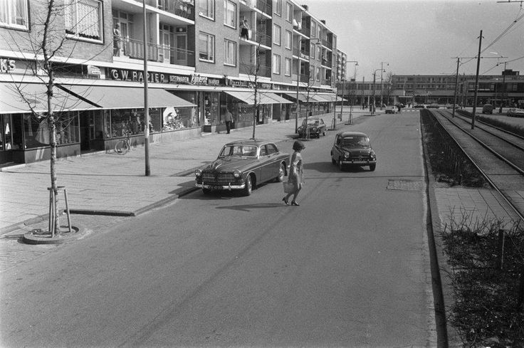 1970 View of Tussenmeer in Osdorp, Amsterdam Nieuw-West. Tussenmeer is the main street in the borough Osdorp. The street runs from the Osdorpplein to the Dijkgraafplein. Tussenmeer is named after a former farmhouse at the Uitweg near the Sloterdijkermeerpolder. This farmhouse was demolished in the 1950's. #amsterdam #1970 #Tussenmeer
